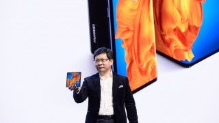 Με φορητούς υπολογιστές αλλά και νέο foldable smartphone «απαντά» η Huawei