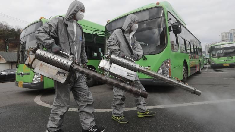 Κοροναϊός: Εξαπλώνεται ο ιός - Εντείνονται οι ανησυχίες παγκοσμίως