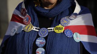 Απειλή για «no deal» από τη Βρετανία με την ΕΕ στη μετά Brexit εποχή