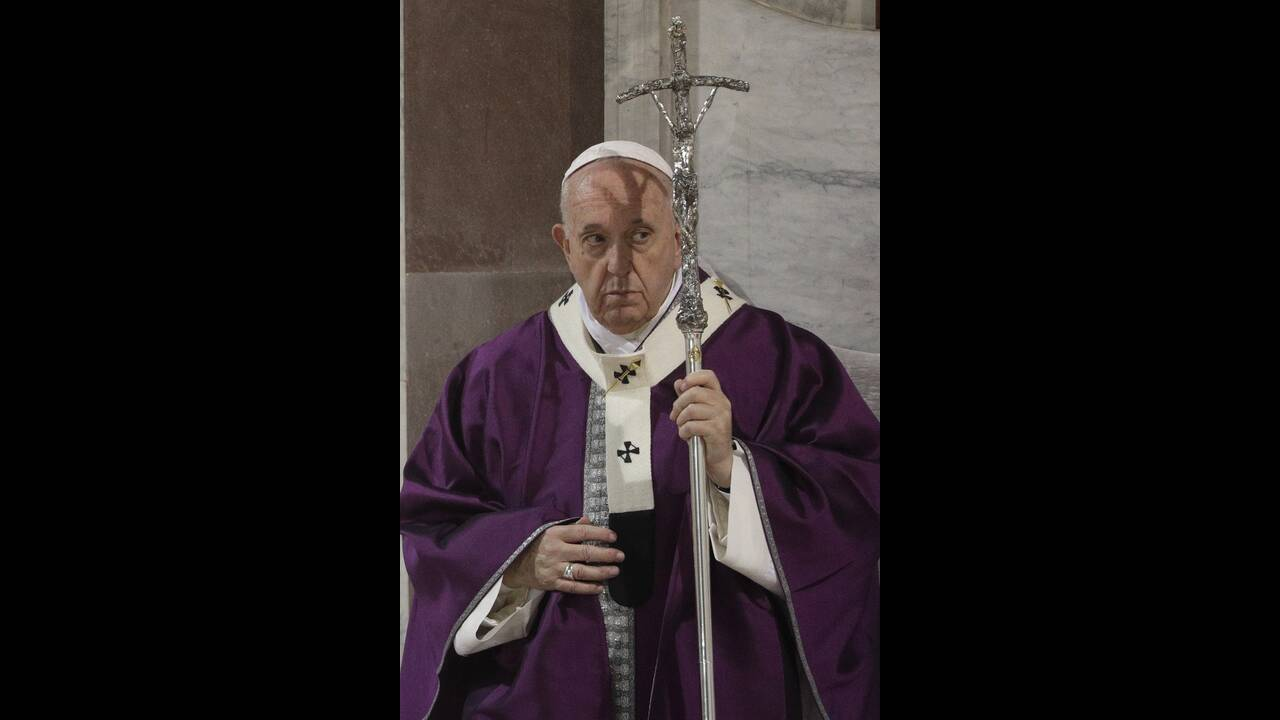 https://cdn.cnngreece.gr/media/news/2020/02/27/209204/photos/snapshot/pope-francis-8.jpg