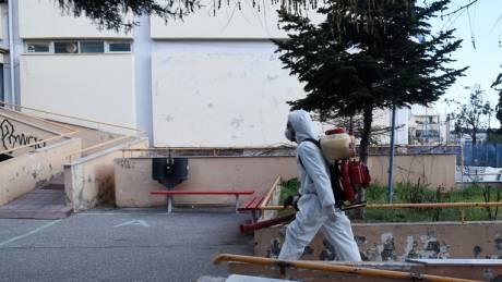 Αποστολή CNN Greece: Ελλείψεις σε οινόπνευμα και μάσκες στη Θεσσαλονίκη