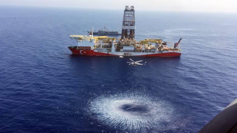 Ευρωπαϊκές κυρώσεις σε δύο Τούρκους για τις παράνομες γεωτρήσεις στην ΑΟΖ