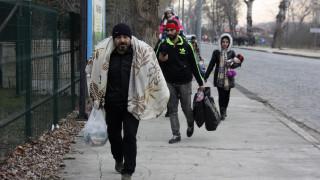 Τουρκικά ΜΜΕ: Ομάδα 300 προσφύγων περπατούν προς τα ελληνικά σύνορα