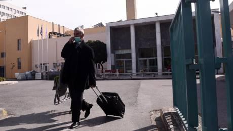 Κοροναϊός: Αρνητικές οι εξετάσεις δεκάδων δειγμάτων σε Αθήνα και Θεσσαλονίκη