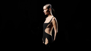 Mugler: Η ανατρεπτική επίδειξη στην Εβδομάδα Μόδας του Παρισιού