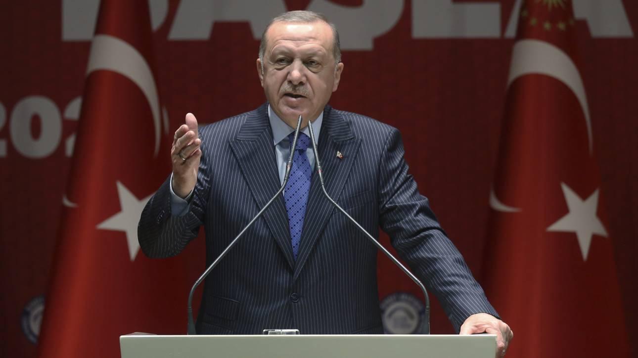 Ιντλίμπ: Τηλεφωνικές επικοινωνίες Ερντογάν με Τραμπ, Πούτιν και ευρωπαίους ηγέτες