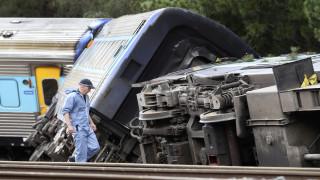 Τραγωδία στο Πακιστάν: 30 νεκροί σε σύγκρουση τρένου με επιβατικό λεωφορείο