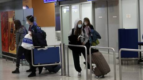 Κοροναϊός: Επέστρεψαν από το Λονδίνο οι μαθητές του Κολεγίου