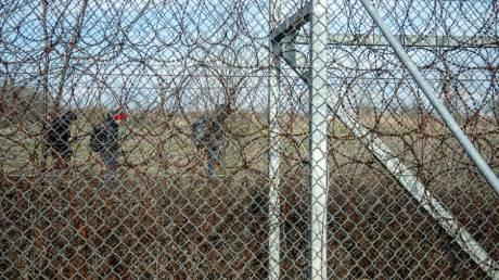 Ολονύκτια μάχη στον Έβρο: Πρόσφυγες επιχειρούσαν να περάσουν τα σύνορα