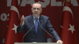 Ερντογάν: Aνοίξαμε τα σύνορα – Σήμερα θα φύγουν άλλοι 25.000-30.000 πρόσφυγες