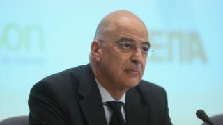 Έκτακτη σύγκληση του Συμβουλίου ΥΠΕΞ ζητά ο Δένδιας για το προσφυγικό