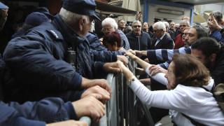 Κύπρος: Επεισόδια στα οδοφράγματα που έκλεισαν λόγω κοροναϊού