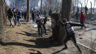 Προσφυγικό: Έτοιμη η ΕΕ να βοηθήσει την Ελλάδα στα σύνορα