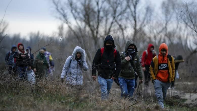 Τούρκος ΥΠΕΣ: Έχουν φύγει 76.358 πρόσφυγες από την Αδριανούπολη