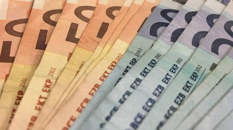 Πάνω από 5% οι αυξήσεις στις κατώτατες αμοιβές