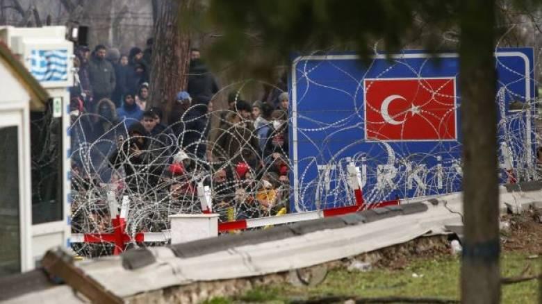 Το CNN Greece στον Έβρο: Διαρκείς οι εντάσεις στο φυλάκιο στις Καστανιές