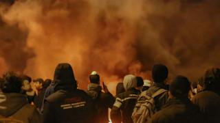 Μυτιλήνη: Δημοτική αρχή του νησιού καταδικάζει τον εμπρησμό στη Σκάλα Συκαμνιάς