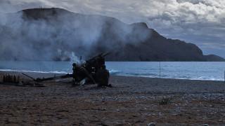 Συνεχίζονται και την Τρίτη οι βολές με πραγματικά πυρά σε Έβρο και Αιγαίο