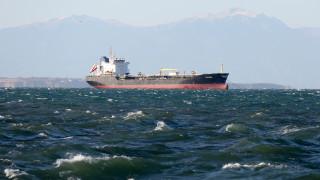 Κως: Αποκολλήθηκε με τη συνδρομή ρυμουλκού το πλοίο «Von Perle»