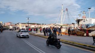 Αποστολή CNN Greece στη Μυτιλήνη: Ένταση στο λιμάνι μετά από ψευδές SMS