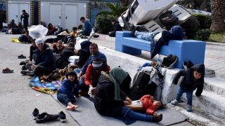 Αποστολή CNN Greece στη Μυτιλήνη: Σε αρματαγωγό οι νεοαφιχθέντες πρόσφυγες τις επόμενες ώρες