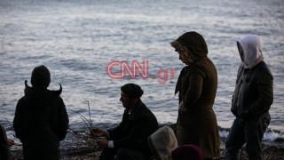 Το CNN Greece στη Μυτιλήνη: Ήρεμο βράδυ – Εν αναμονή του αρματαγωγού
