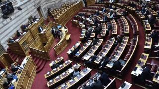 Κόντρα στη Βουλή με «φόντο» τα επεισόδια στον Έβρο και τη συνέντευξη Τσίπρα