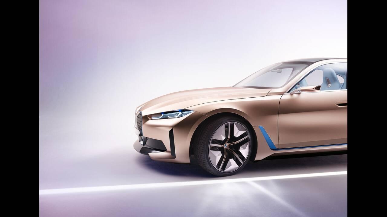 https://cdn.cnngreece.gr/media/news/2020/03/04/209921/photos/snapshot/BMW-CONCEPT-I4-2020-15.jpg