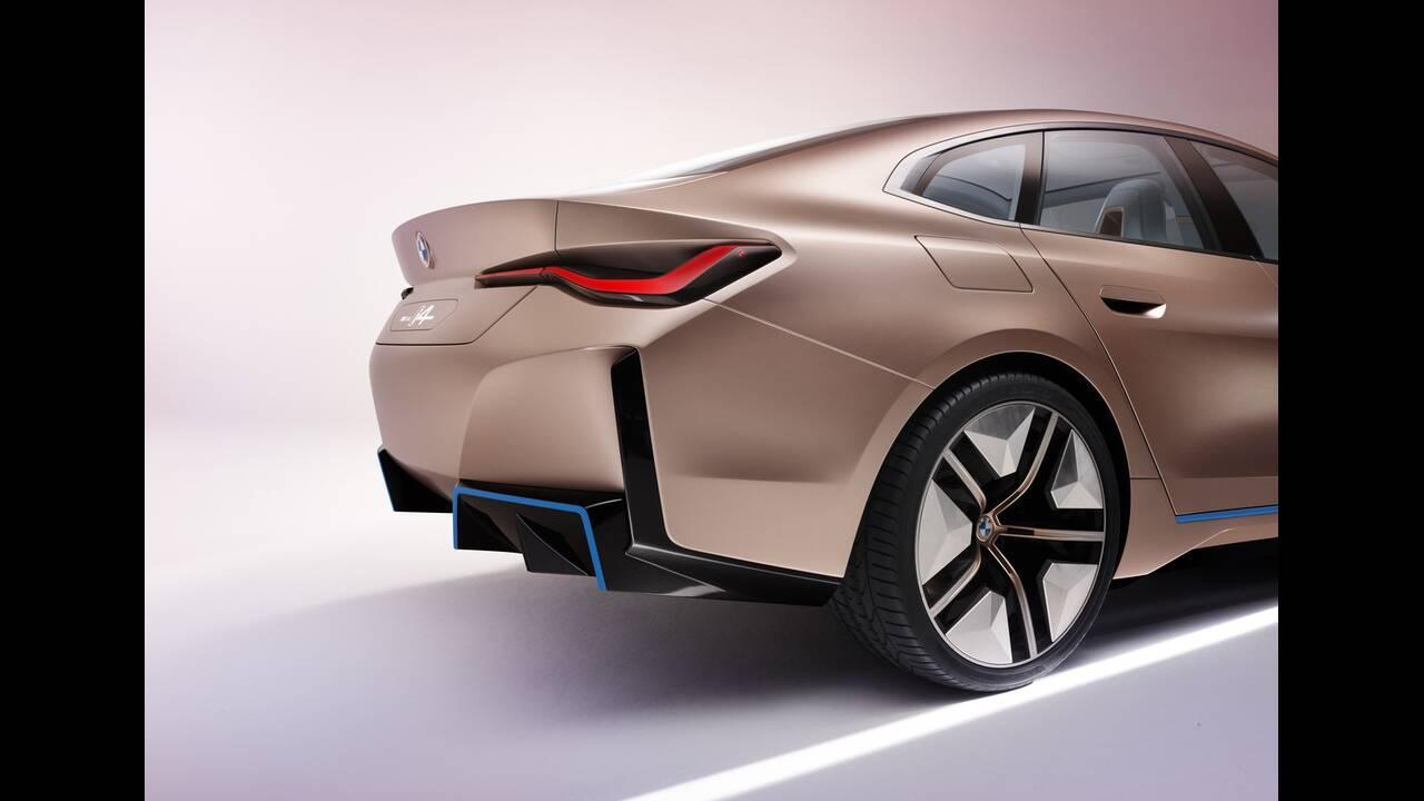 https://cdn.cnngreece.gr/media/news/2020/03/04/209921/photos/snapshot/BMW-CONCEPT-I4-2020-17.jpg