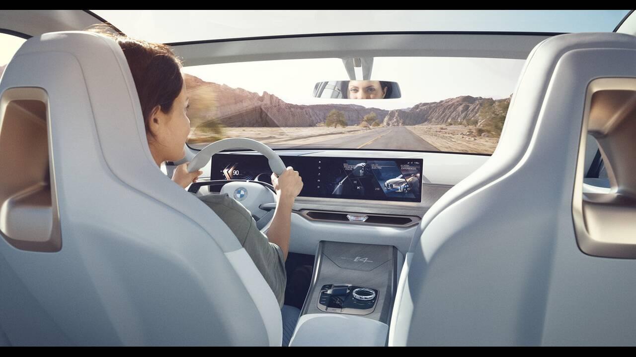 https://cdn.cnngreece.gr/media/news/2020/03/04/209921/photos/snapshot/BMW-CONCEPT-I4-2020-19.jpg