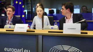 Γκρέτα Τούνμπεργκ: Κριτική στο σχέδιο της Κομισιόν για ευρωπαϊκό «νόμο για το κλίμα»