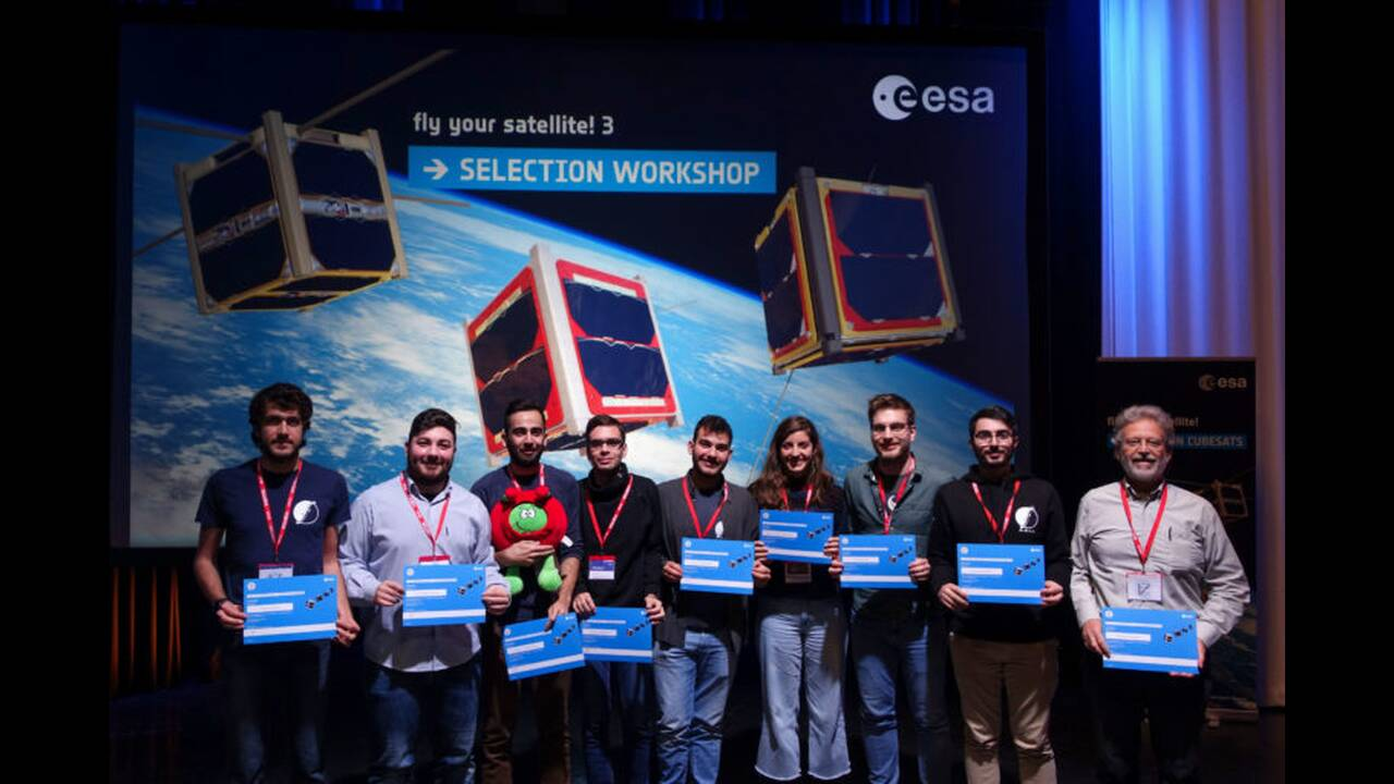 https://cdn.cnngreece.gr/media/news/2020/03/04/209974/photos/snapshot/---Selection-Workshop--ESA---2-768x512.jpg