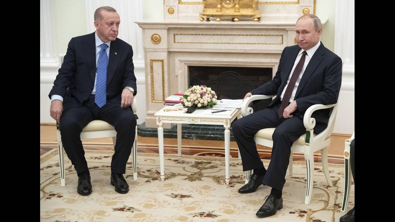 https://cdn.cnngreece.gr/media/news/2020/03/05/210134/photos/snapshot/putin-erdogan-9.jpg