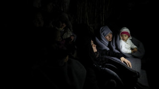 Το CNN Greece στη Μυτιλήνη: Ήρεμο βράδυ στο νησί μετά την άφιξη μιας βάρκας την Πέμπτη