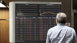 Κορωνοϊός: «Κραχ» 5,96% στο Χρηματιστήριο με τους επενδυτές να τρέμουν την εξάπλωση
