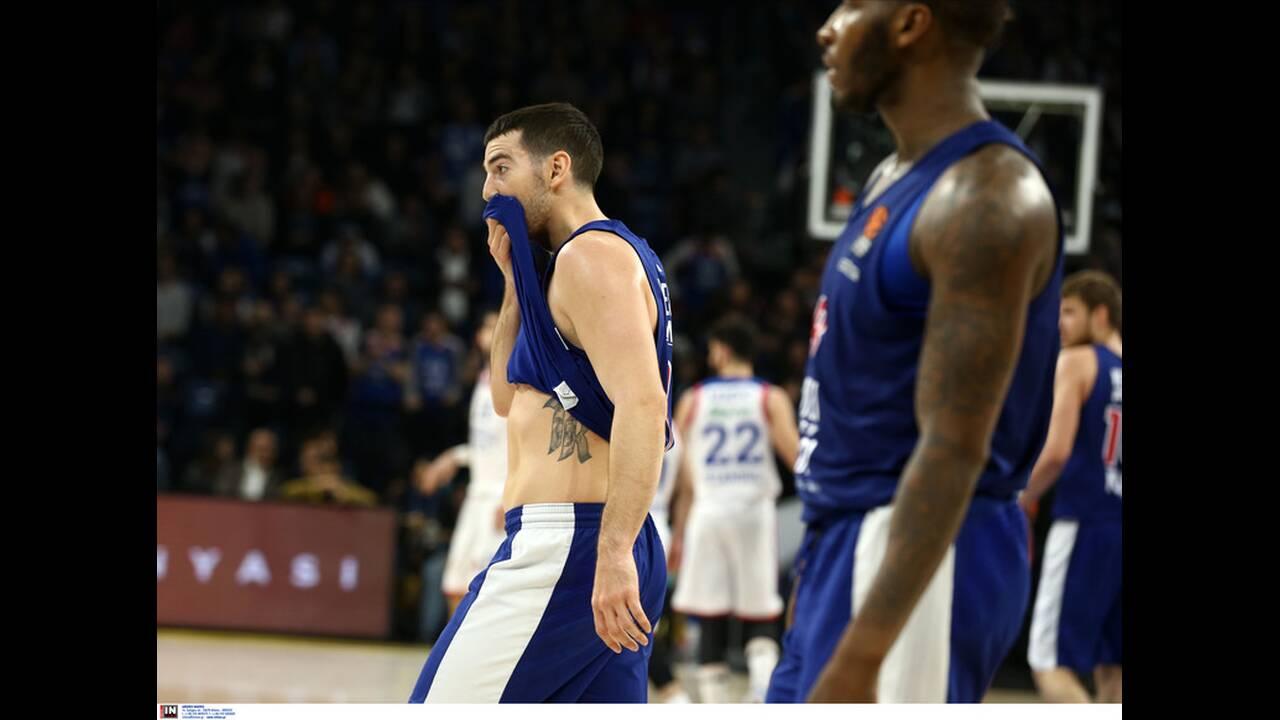 https://cdn.cnngreece.gr/media/news/2020/03/06/210294/photos/snapshot/efes-olympiakos-13.jpg