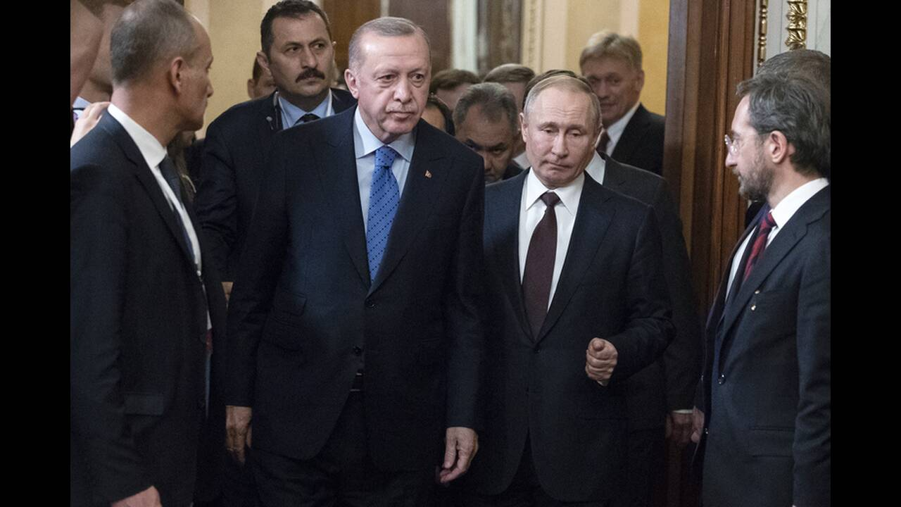 https://cdn.cnngreece.gr/media/news/2020/03/06/210301/photos/snapshot/putin-erdogan-1.jpg