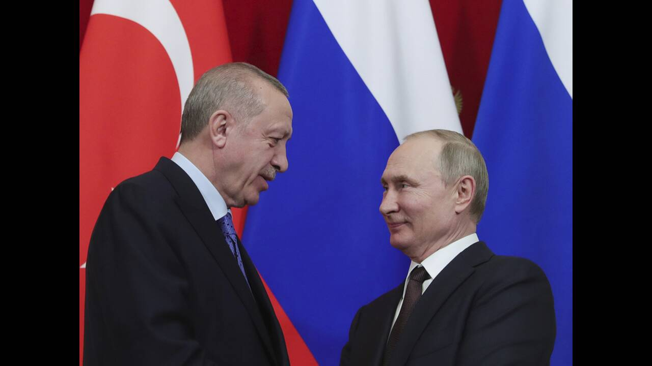https://cdn.cnngreece.gr/media/news/2020/03/06/210301/photos/snapshot/putin-erdogan-6.jpg