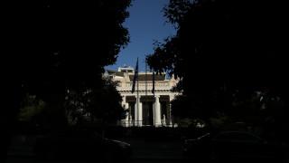 Κορωνοϊός στην Ελλάδα: Διευρυμένη σύσκεψη στο Μαξίμου υπό τον πρωθυπουργό