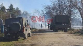 To CNN Greece στον Έβρο: Συνεχείς έφοδοι, ένταση και χημικά