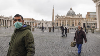 Κορωνοϊός: Στους 3.400 οι νεκροί παγκοσμίως - Μέσω διαδικτύου η κυριακάτικη ευλογία του Πάπα