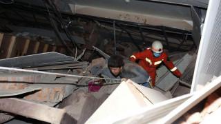 «Όπως ένα τσόπστικ που πέφτει στο έδαφος»: Mαρτυρίες από το ξενοδοχείο που κατέρρευσε στην Κίνα