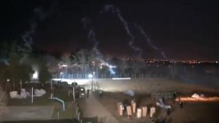 Το CNN Greece στον Έβρο: Νέα αποκαλυπτικά βίντεο - Τούρκοι ρίχνουν δακρυγόνα στις ελληνικές δυνάμεις