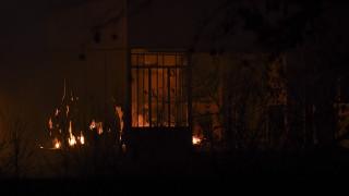 Τραγωδία στη Σαλαμίνα: Νεκρός άνδρας μετά από φωτιά στο σπίτι του