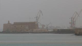 Καιρός: Βροχές και αφρικανική σκόνη σήμερα