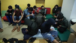 Καταγγελία στο Κέντρο φιλοξενίας Θήβας: Φτερά έκαναν εννέα δελτία αιτούντων ασύλου