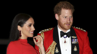 Μέγκαν και Χάρι: Η εντυπωσιακή επιστροφή στο Λονδίνο για τις τελευταίες βασιλικές υποχρεώσεις