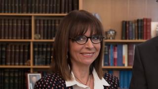 Κορωνοϊός: Ματαιώνεται η τελετή συγχαρητηρίων της Αικατερίνης Σακελλαροπούλου