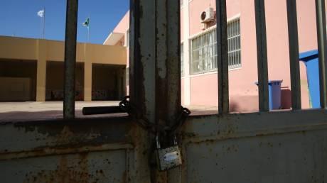 Κορωνοϊός στην Ελλάδα: Κλείνουν ΚΑΠΗ, σχολεία και παιδικοί σταθμοί στον Βόλο