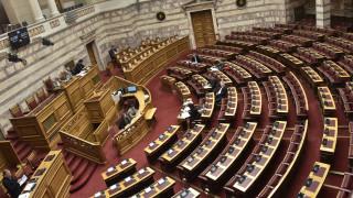 Κορωνοϊός: Σε κατάσταση συναγερμού «επιπέδου 1» η Βουλή